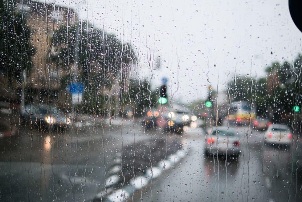 Les plus belles tenues de pluie éthiques pour homme